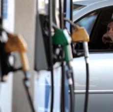 La suba del Brent hace crujir el acuerdo de precios que acordó YPF con el gobierno